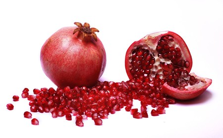 pomegranate seed oil skin care